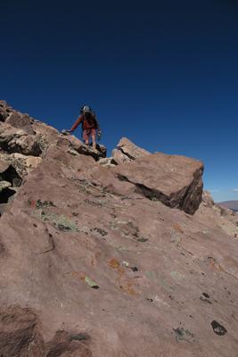 hike-in-rocks